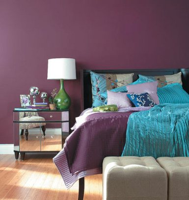 room with purple color