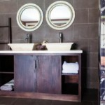 Types of mirrors for bathroom