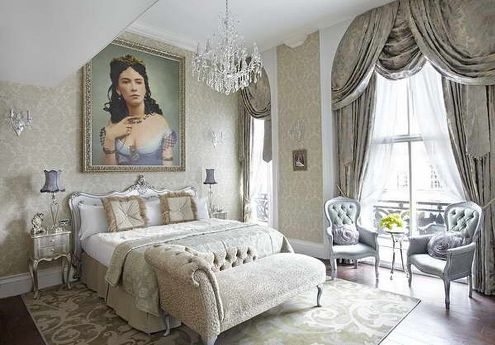romantic style bedroom