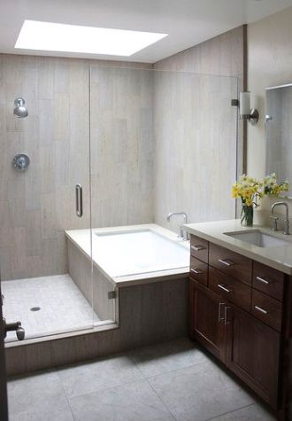 shower and bathtub in parallel