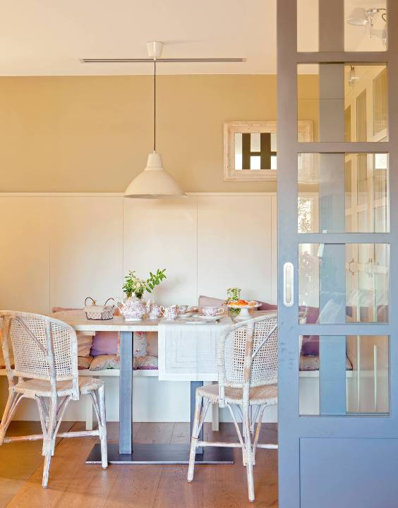 color interior doors with chalk paint